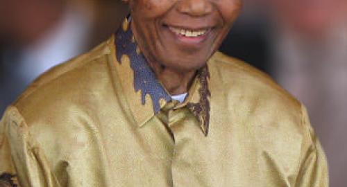 Nelson Rolihiahla Mandela (1918 – 2013), Google celebra con un Doodle l'anniversario della nascita
